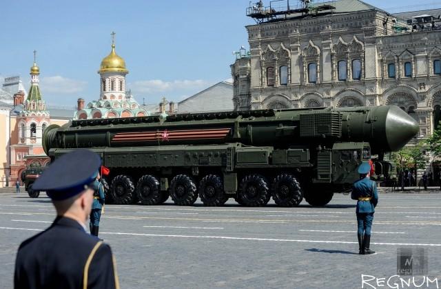 Тополь-М на параде Победы в Москве
