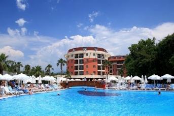 В АТОР назвали стоимость туров в Турцию в августе