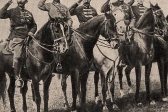 Группа командиров Первой Конной армии. Крайний слева — С.М. Будённый