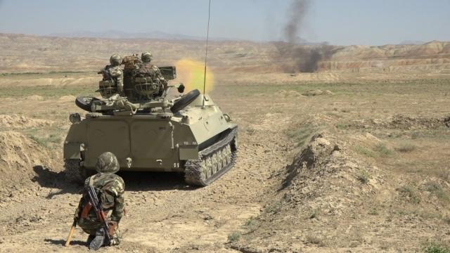 Военные учения армии Азербайджана