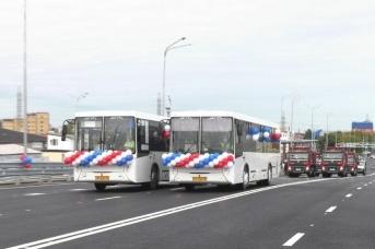 Момент торжественного открытия развязки на пересечении улиц Мельникайте и 30 лет Победы
