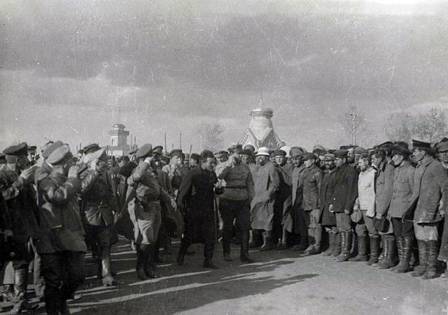 Михаил Калинин и Михаил Фрунзе на Туркестанском фронте. 1919