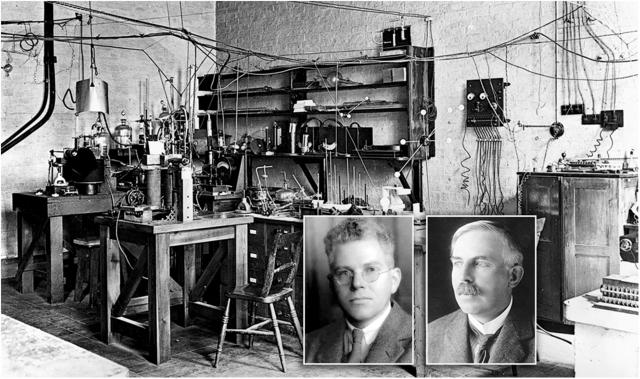 Лаборатория Эрнеста Резерфорда в Кембриджском университете. Врезка: Эрнест Резерфорд (справа), Марк Олифант