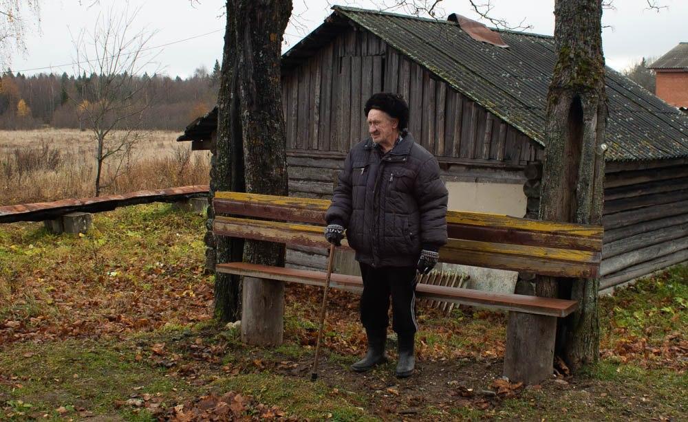 Жизнь без Собянина: в Костромской области строят деревянные тротуары