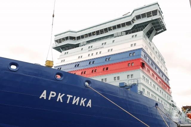 Первый представитель серии самых мощных в мире атомных ледоколов проекта 22 220 «Арктика»