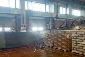 Частичная деформация надземного пешеходного перехода на территории складского комплекса «ФМ Лоджистик»