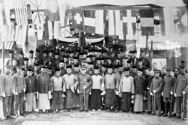 Китайский генерал Сюй Шучжэн и дворянство в Улан-Баторе. 1919