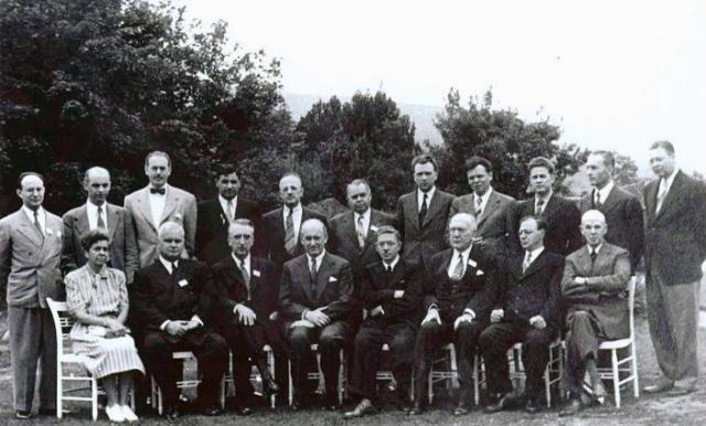 Участники делегаций СССР и США на конференции в Бреттон-Вудсе, 8 июля 1944 года