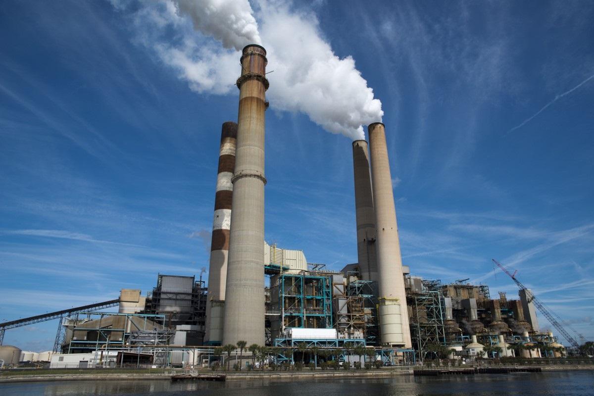 В Грузии утвердили план по сокращению промышленных выбросов