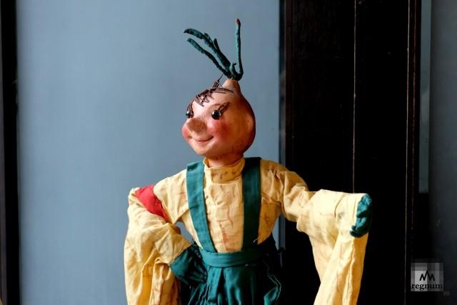 Кукла Чиполлино