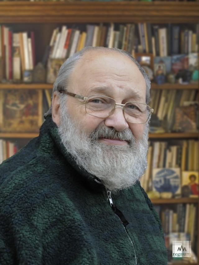 Скульптор Илья Вьюев, автор памятника Витусу Берингу на острове Беринга