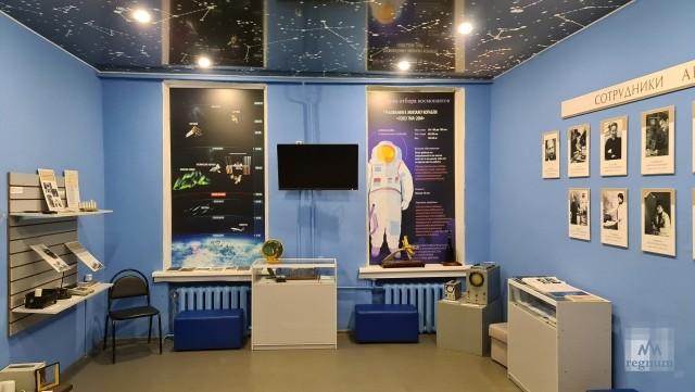 Музейная комната села Вознесенья посвященная Архангельской комплексной магнитно-ионосферной станции
