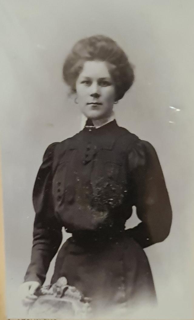 Пантелеева Елена Федоровна (1870-1941) — учитель начальных классов в школе села Вознесенье