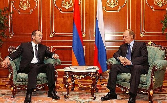 Владимир Путин и Роберт Кочарян. 2003 г