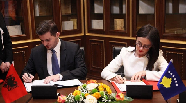Встреча министров иностранных дел Албании и сепаратистского Косово