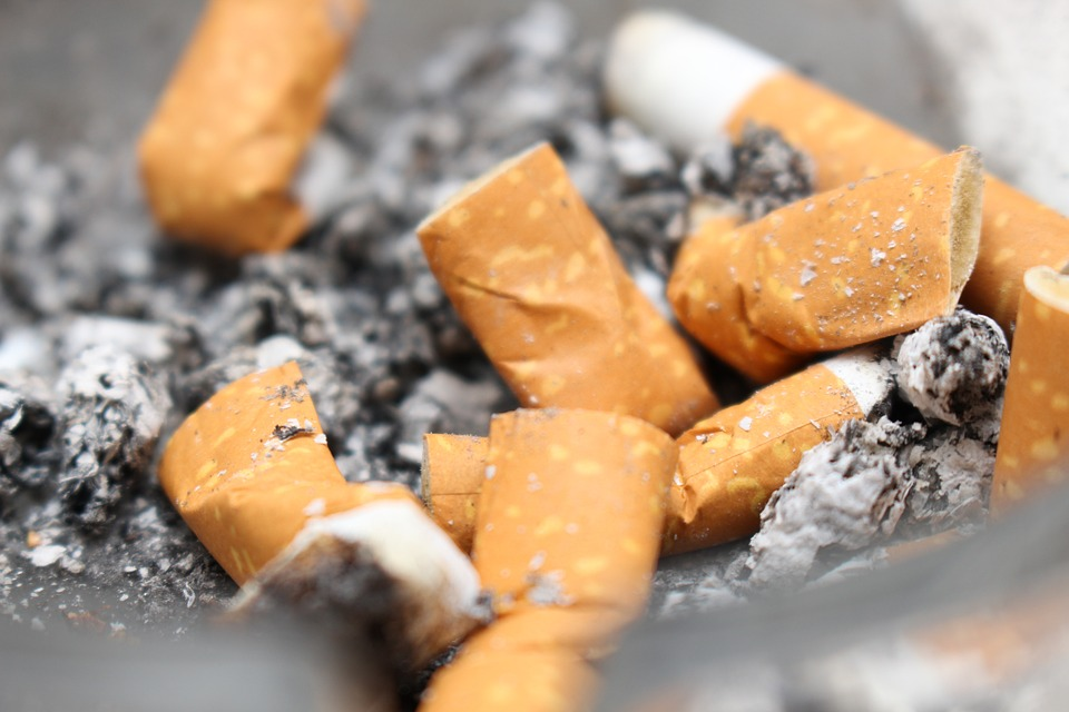 В Минздраве заявили об обсуждении идеи с самозатухающими сигаретами