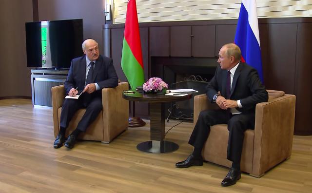 Александр Лукашенко и Владимир Путин на встрече в Сочи 14 сентября