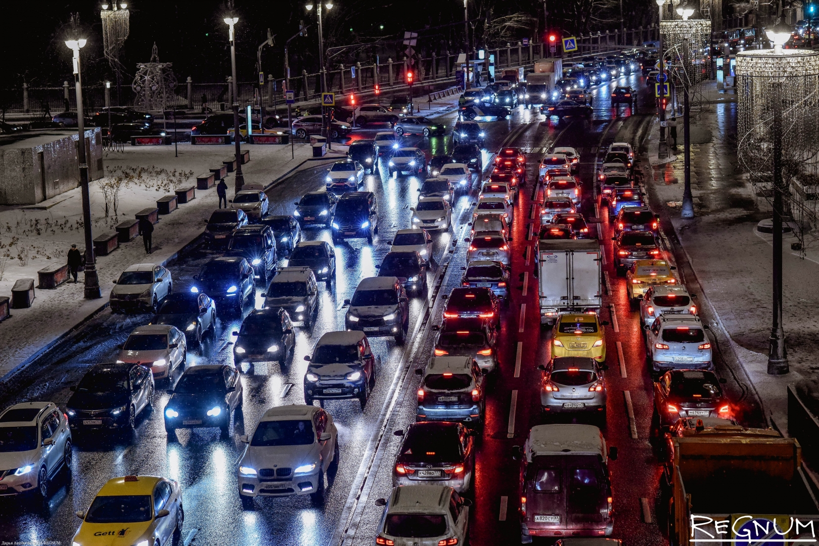 Путин открыл движение по новой транспортной развязке в Химках