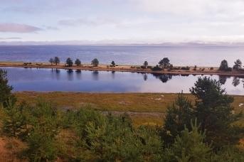 Онежская деревня Пурнема стоит на красивейшей возвышенности над Белым морем