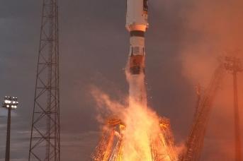 Запуск ракеты «Союз-СТ» с космодрома Куру