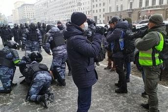 Задержания на Комсомольской площади. Дмитрий Ветчинкин © ИА «Красная Весна»