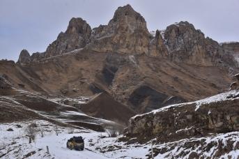 Перевал Актопрак между Баксанским и Чегемским ущельями
