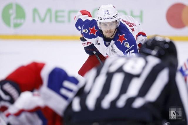 Игрок ЦСКА Павел Каранаухов