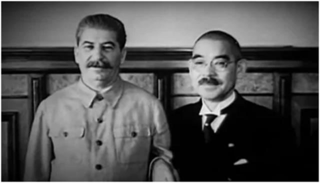 Ёсукэ Мацуока и Иосиф Сталин