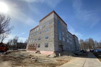 Поликлиника на улице Попова