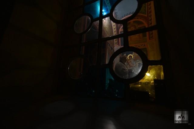 Ночное пасхальное богослужение в Свято-Николаевском соборе, Евпатория