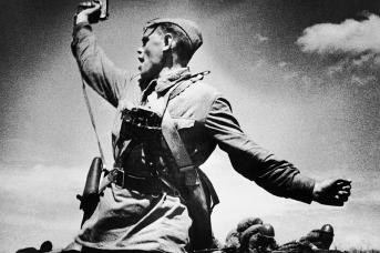 Комбат. 1942. Фото Макса Альперта
