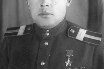 Виктор Михайлович Петров