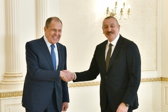 Министр иностранных дел России Сергей Лавров был принят президентом Азербайджана Ильхамом Алиевым. Баку