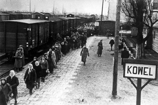 Перегрузка угоняемых советских граждан на принудительные работы в Германию. 1942 — 1943, Ковель