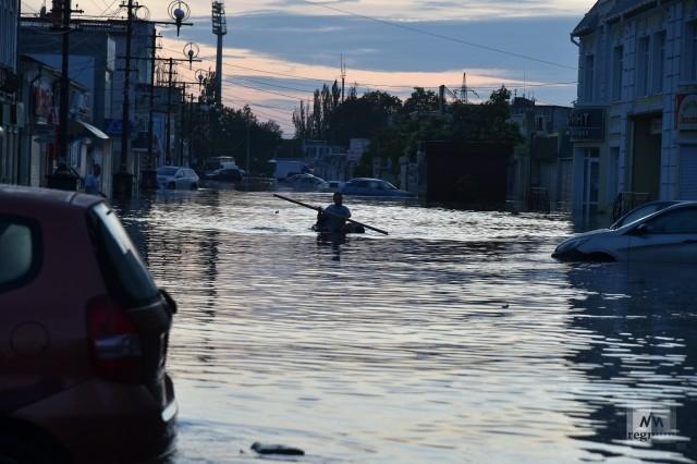Затопленные улицы Керчи