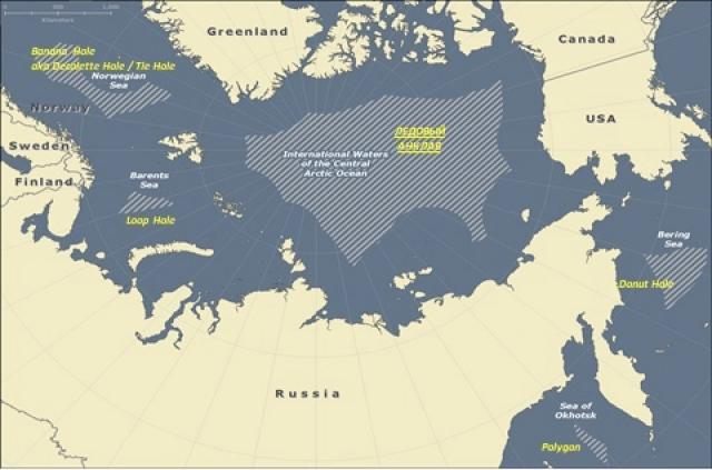 «Ледовый анклав» в центральной части Северного Ледовитого океана, а также анклавы в Охотском, Беринговом, Баренцевом и Норвежском морях