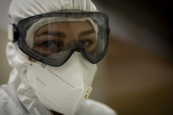 Медсестра реанимационного отделения. Александр Куликов © ИА REGNUM