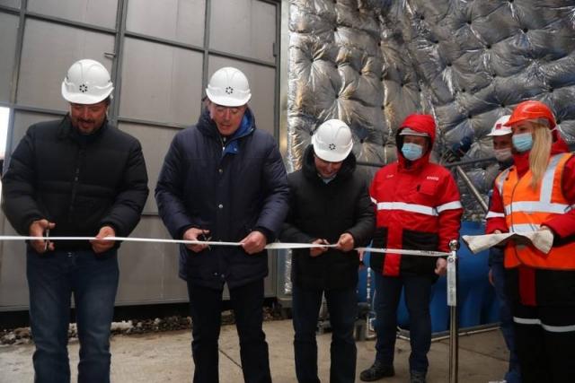 Губернатор Сахалинской области Валерий Лимаренко на церемонии ввода в эксплуатацию очистных сооружений на Солнцевском угольном разрезе