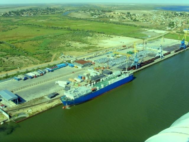 Порт Оля. Астраханская область