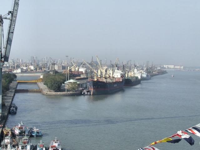 Порт Мумбай. Индия
