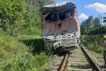 Авария с пассажирским поездом на железнодорожном переезде под Калугой