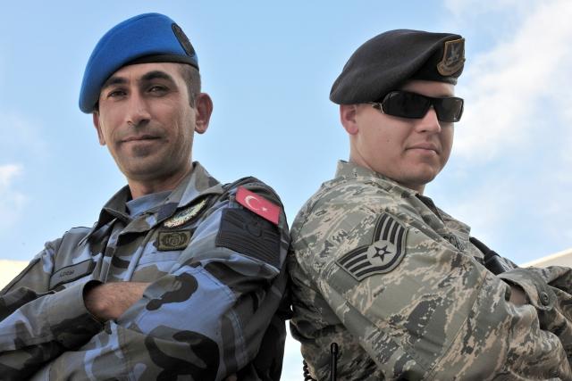 Совместный патруль американских и турецких военных