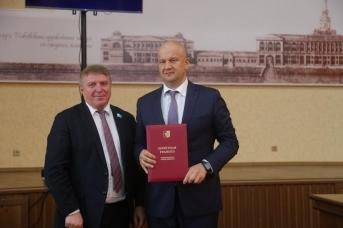 Спикер гордумы Ижевска Фарит Губаев и бывший вице-спикер Олег Гарин (слева направо)