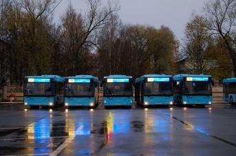 Новые автобусы большого класса на сжиженном природном газе